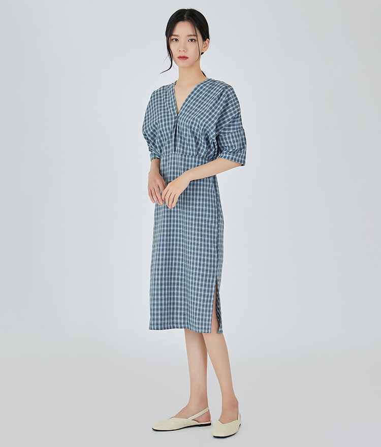 V-neck Checked Long Dress