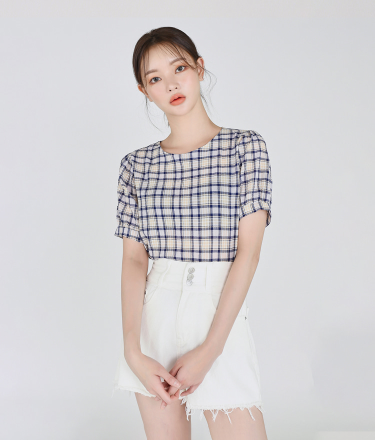 Back Ribbon Checked Blouse